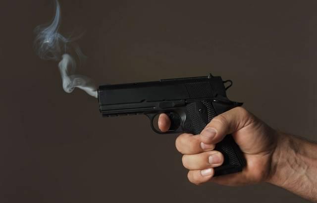 Cannes: Il oublie son arme au restaurant 640x410_pistolet-illustration