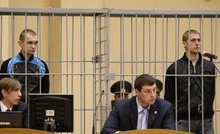 Le Bélarus a exécuté les deux condamnés à mort pour l'attentat meurtrier dans le métro de Minsk en 2011, a annoncé la dimanche la télévision d'Etat, un acte vigoureusement critiqué par la Grande-Bretagne et l'Assemblée parlementaire du Conseil de l'Europe (APCE).