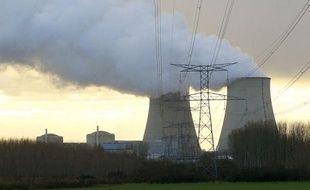 """Les inondations dans l'Aube ne présentent """"aucun risque"""" pour la centrale nucléaire de Nogent-sur-Seine, qui ne sera pas impactée par la montée du niveau des eaux dans le nord-est du département, a assuré vendredi le préfet Christophe Bay."""