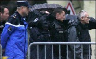 La reconstitution réalisée mardi, vingt ans après les faits, des meurtres de deux garçonnets à Montigny-les-Metz en présence de Francis Heaulme n'a pas donné les résultats escomptés, le tueur en série revenant sur ses précédentes déclarations