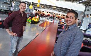 Flavien Soler (à gauche) et Jacques Baylet (à droite) dirigent le complexe Bowlingstar, à Près-d'Arènes.