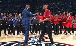 Kobe Bryant et Magic Johnson en février 2016.