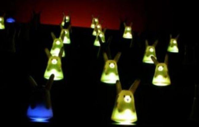 Un opéra avec cent lapins reliés par onde Wi-fi