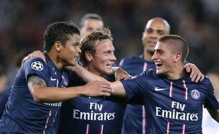 Le Paris SG, très nettement supérieur à un Dynamo Kiev battu 4-1, a réussi mardi ses retrouvailles avec la Ligue des champions et a montré qu'il avait sa place à ce niveau et le droit d'y nourrir des ambitions.