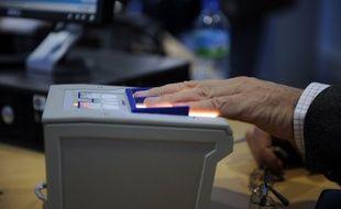 Interpol souhaite que les Etats partagent plus de données biométriques dans le cadre de la lutte antiterroriste