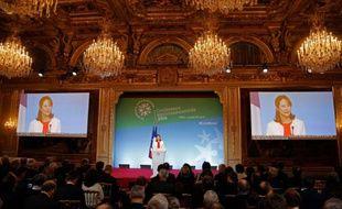 Ségolène Royal lors d'un discours à l'ouverture de la conférence environnementale le 25 avril 2016 à Paris