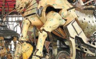Erigé sur l'île de Nantes, le Carrousel regroupe, sur 3 étages, 35 créatures et machines que le public pourra animer.