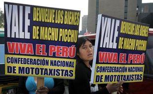 Le président péruvien Alan Garcia a annoncé vendredi un accord avec l'Université américaine de Yale pour la restitution au Pérou de plusieurs milliers de pièces archéologiques de la citadelle inca du Machu Picchu, détenues depuis près d'un siècle par Yale.
