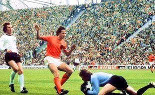 Le Néerlandais Johan Cruyff en finale de la Coupe du monde 1974 contre l'Allemagne.