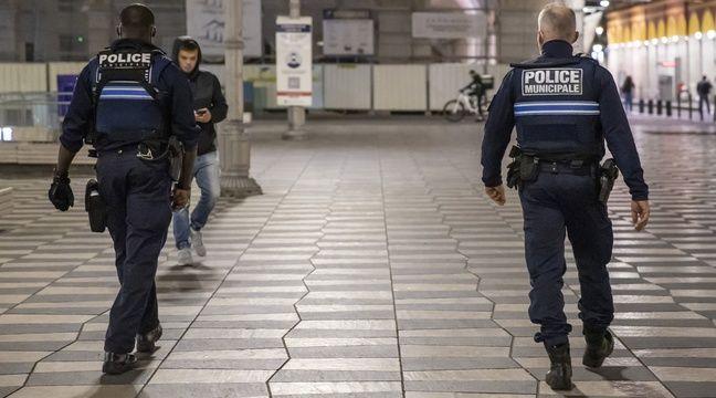 Attaque au couteau à Nice EN DIRECT : Deux personnes tuées, l'auteur des faits interpellé...