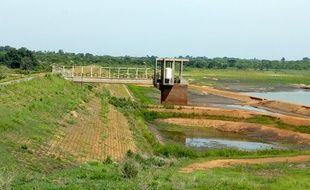 Le lac de barrage qui fournit 70% de l'eau de la ville de Bouaké est vide.