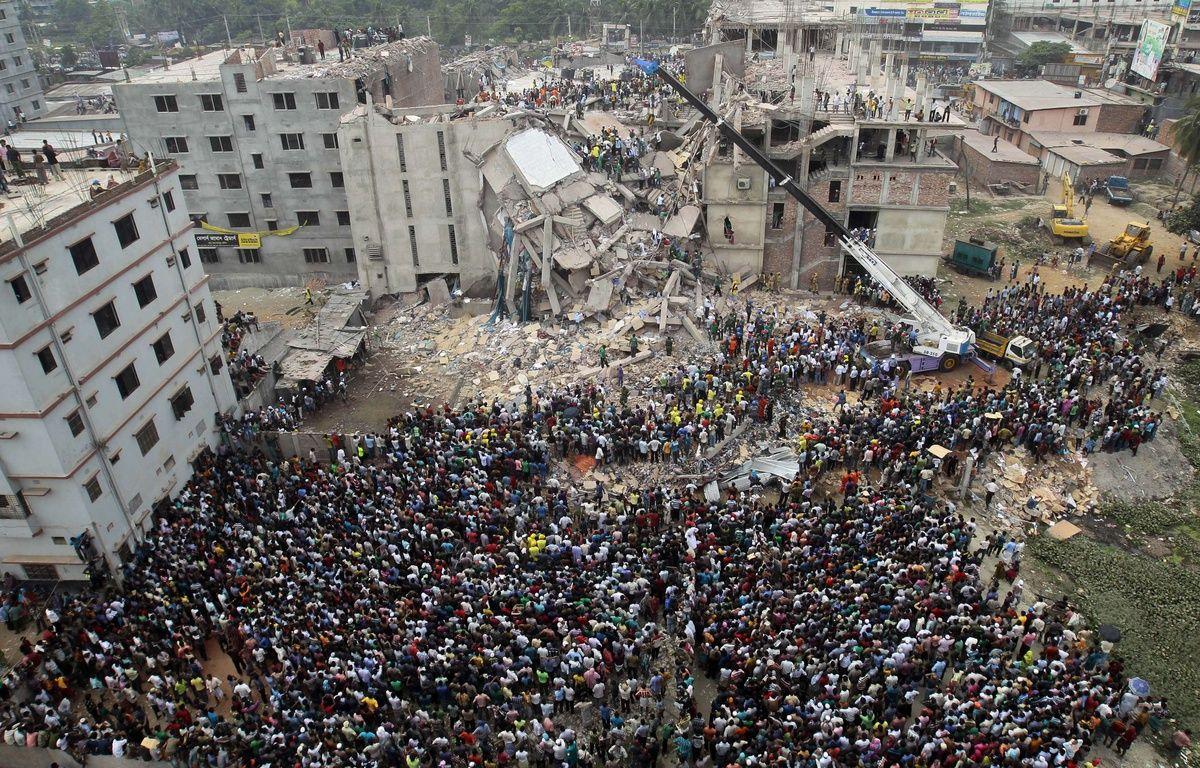 Les décombres de l'immeuble du Raza Plaza, au Bangladesh, le 25 avril 2013. – A.M. Ahad/AP/SIPA