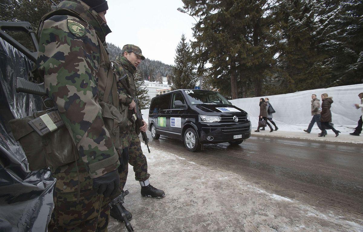 Des soldats suisses à Davos en 2013 (illustration). – Michel Euler/AP/SIPA