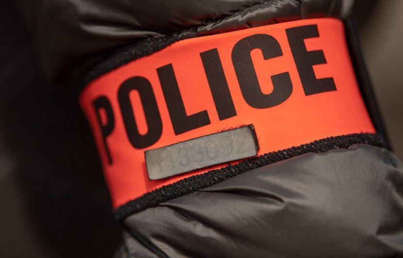 Marseille : Un policier retraité tue son frère et blesse son neveu avec une arme de poing