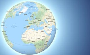 Le globe terrestre restitue plus fidèlement la taille des continents.