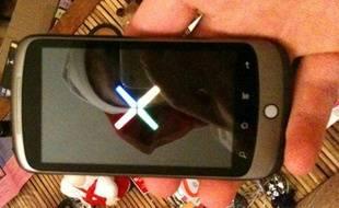 Première image du téléphone développé par Google et HTC, pour l'instant baptisé Nexus One