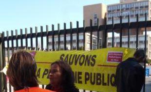 Mobilisation devant le Cadam hier.