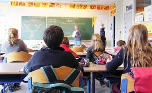 Une classe dans une école primaire.