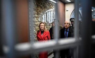 Paris, le 12 avril 2019. Nicole Belloubet visite la prison de la Santé en compagnie de Robert Badinter.