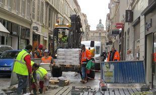 Marseille 25 NOVEMBRE 2014 Des travaux dans la rue Saint Ferreol, au centre ville.