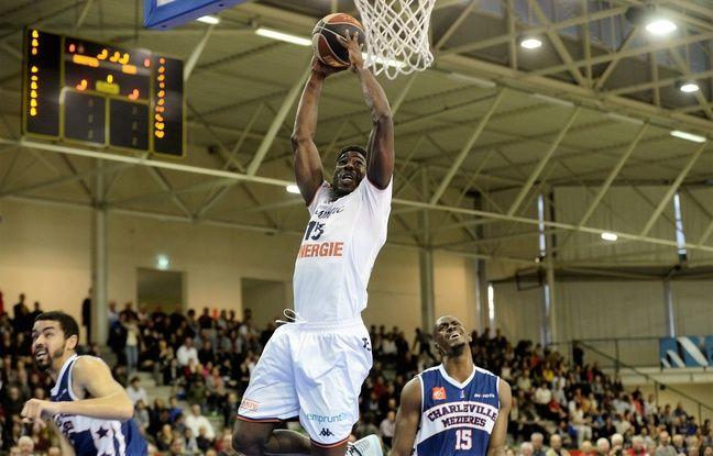 Laurence Ekperigin, joueur de Nantes Basket Hermine.