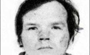 M6 diffuse dimanche après-midi un entretien avec le pédophile récidiviste Francis Evrard, réalisé en 2000 alors qu'il était en prison, dans lequel l'homme aujourd'hui âgé de 61 ans refusait notamment un traitement anti-hormonal contre ses pulsions.