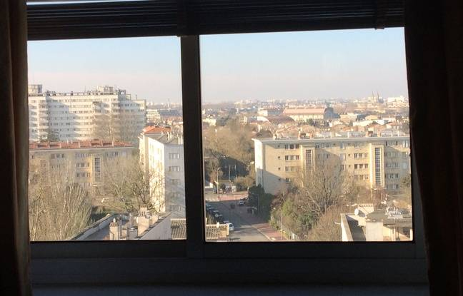 Un occupant de la Cité, qui y vit depuis 46 ans, adore la vue qu'il a sur Bordeaux.