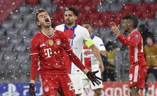Thomas Muller, dégoûté après une occasion ratée face au PSG, mercredi soir en quart de finale aller de Ligue des champions.