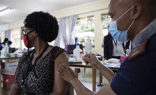 Les laboratoires Pfizer et BioNTech vont réaliser dès 2022 l'étape finale de la production de leur vaccin contre le Covid-19 au Cap, en Afrique du Sud.