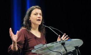 """Les Verts, qui devraient largement réélire samedi Cécile Duflot comme secrétaire nationale lors d'un congrès """"calme et apaisé"""", contrairement à leurs alliés socialistes, entendent poursuivre le rassemblement écologiste avec pour objectif la présidentielle de 2012."""