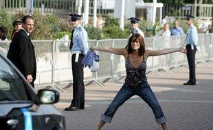 Lio aide les gendarmes mais, contrairement aux apparences, ne fait pas la circulation.