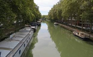 Toulouse, le 25 aout 2014 - Le Canal du Midi.