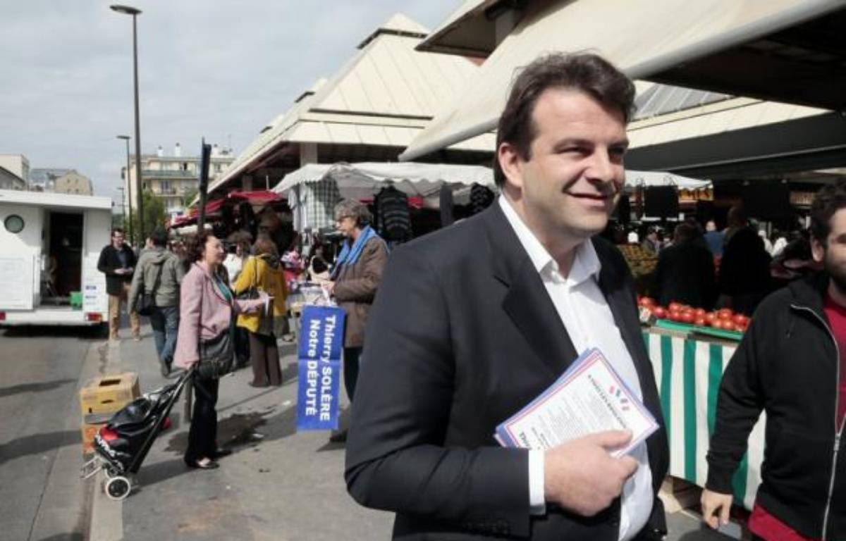 Trois militants UMP ont déposé mercredi une requête devant le Conseil constitutionnel contestant l'élection aux législatives du dissident de l'UMP, Thierry Solère, face à Claude Guéant dans les Hauts-de-Seine – Jacques Demarthon afp.com