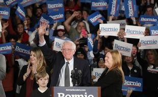 Le démocrate Bernie Sanders devant ses supporteurs dans l'Iowa, le 3 février 2020.