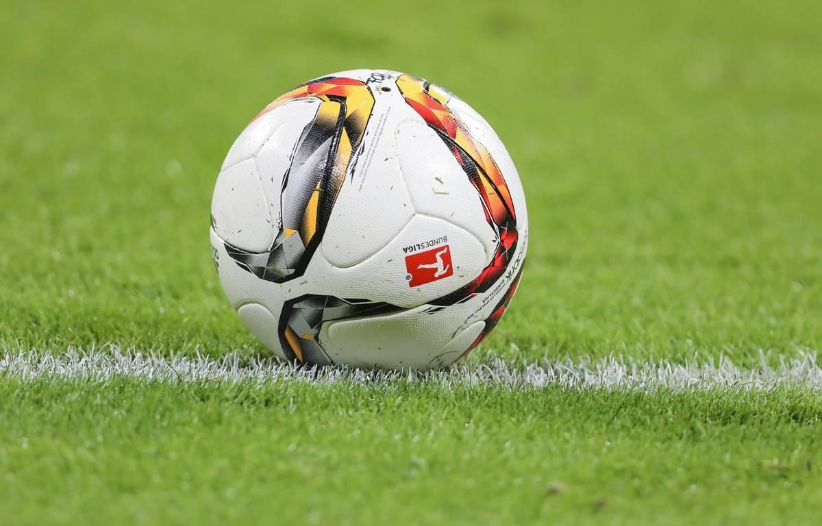Un ballon de football (illustration). – pixxmixx/SIPA