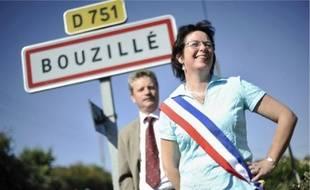 La maire de Bouzillé, Brigitte Rey, et Patrick Lasseube, les créateurs du groupement.
