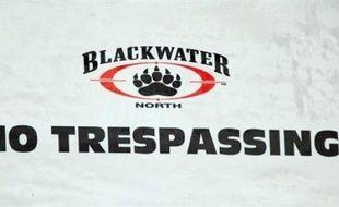 Blackwater est la plus grande entreprise privée de sécurité utilisée par les Etats-Unis en Irak. Ses agents assurent notamment la protection du personnel de l'ambassade américaine à Bagdad.