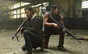 Andrew Lincoln et Norman Reedus dans Walking Dead