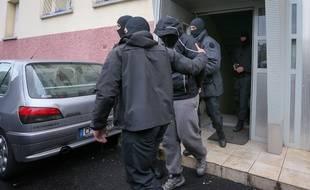 Archives.Strasbourg le 13 05 2014. TERRORISME - Les forces de l'ordre ont interpelle des jeunes soupçonnes d'être partis en décembre 2013 en Syrie.