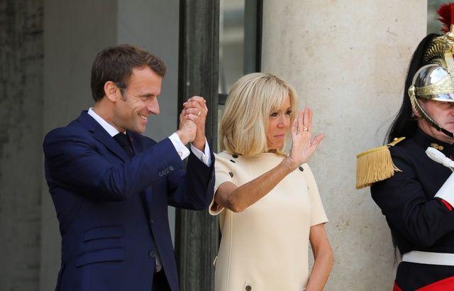 L'Élysée a dépassé son budget de 5,6 millions d'euros en 2018 640x410_emmanuel-brigitte-macron-11-juillet-elysee