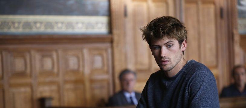 Victor Meutelet incarne Lucas dans « Le Mensonge » aux côtés de Daniel Auteuil.