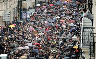 Plus de 75.000 personnes ont marché, sous la pluie, en centre-ville de Nantes, ce samedi après-midi