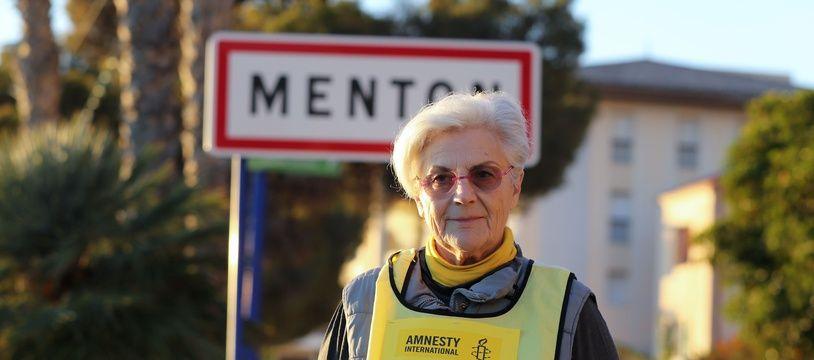 """Martine Landry, membre de l'Anafé et d'Amnesty International à Menton le 16 décembre 2017 est poursuivie pour """"délit de solidarité""""."""
