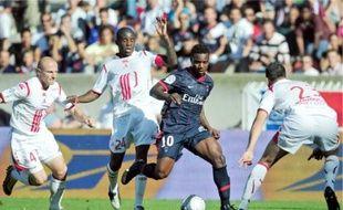 Après Marseille et Toulouse, c'est le PSG qui a malmené la défense nordiste dimanche.