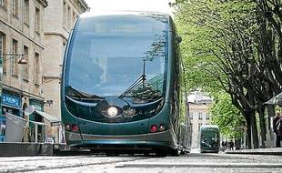 Le tramway à Bordeaux (illustration)