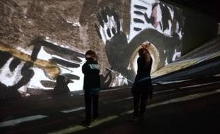 A Lyon, au cours de l'exposition Imagine Picasso présentée à la Sucrière.
