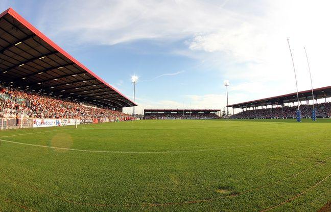 Le Matmut Stadium de Vénissieux a accueilli 84 rencontres du LOU Rugby entre 2011 et 2016. Il devrait intégralement être démonté dans les prochains mois.