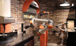 Pazzi, le robot qui fait ta pizza. Une première Pazziria ouvre à Paris près du centre Pompidou.