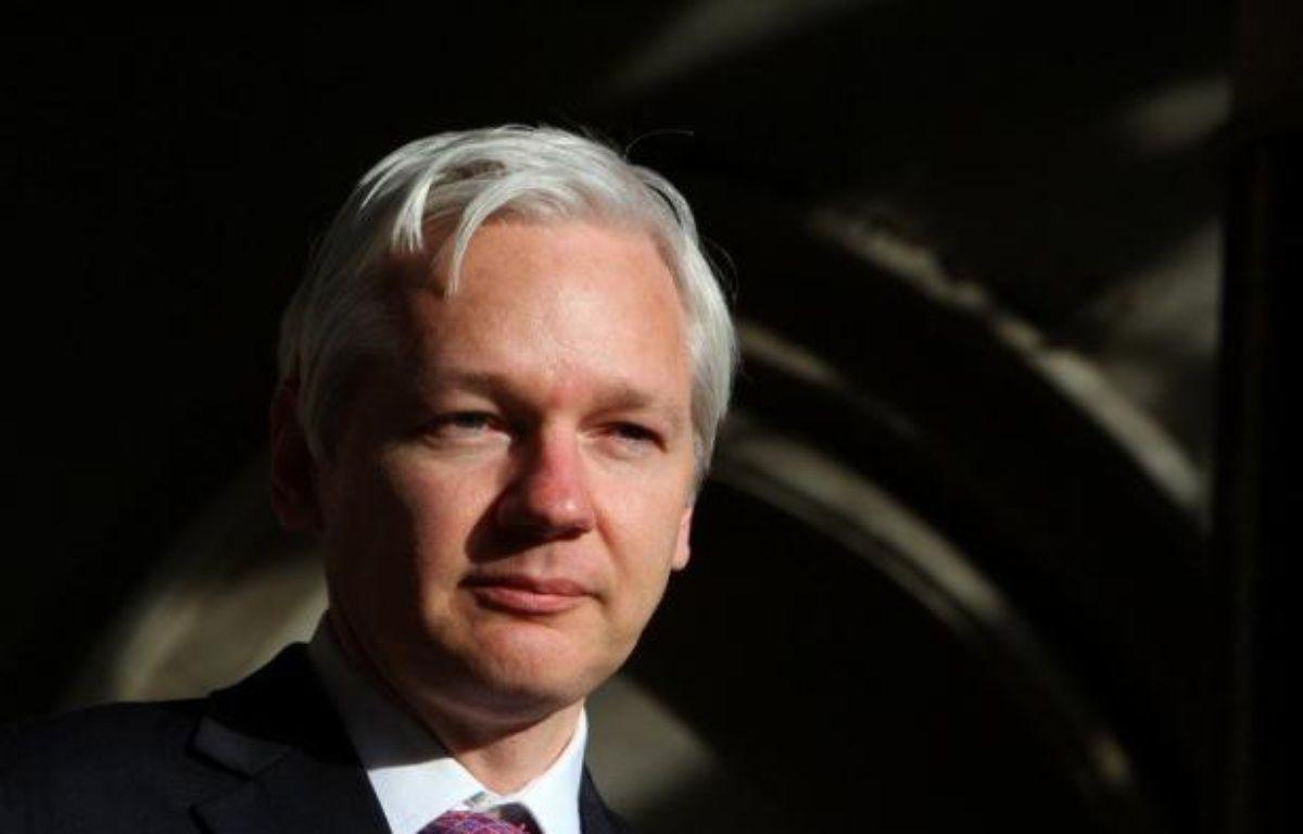 Le fondateur de WikiLeaks, Julian Assange, a passé la nuit de mardi à mercredi à l'ambassade d'Equateur à Londres, pays à qui il a demandé l'asile politique après avoir épuisé tous ses recours juridiques au Royaume-Uni pour échapper à une extradition en Suède. – Geoff Caddick afp.com