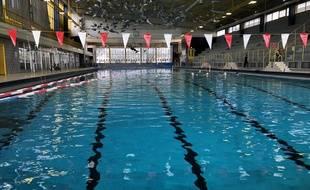 Une piscine, à Nantes